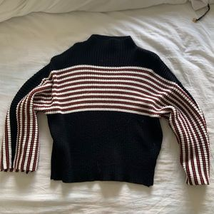 Urban Outfitters turtleneck sweater size s